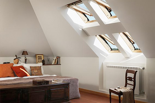 Casa moderna roma italy finestre velux per tetti for Finestre a tetto velux prezzi